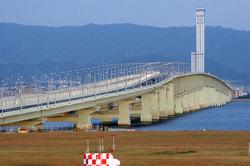 Skygate_bridge_r